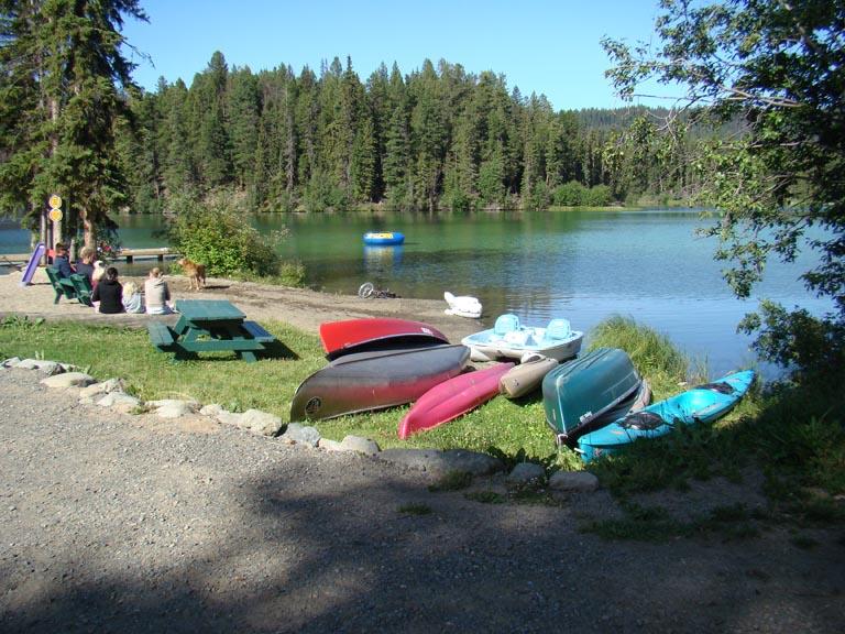 Eagle Island Resort Lac Des Roches