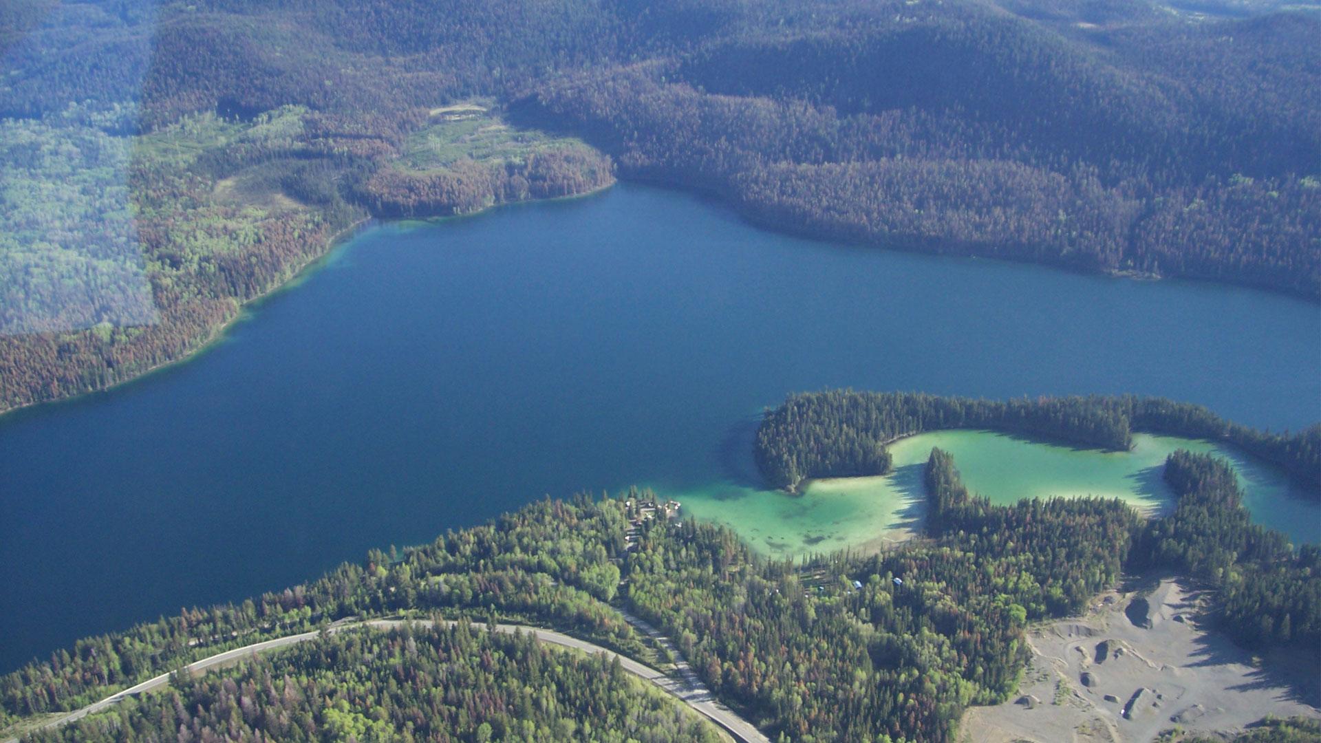 Fishing Highway 24 Camping - Lake Resort in BC   Cariboo ...